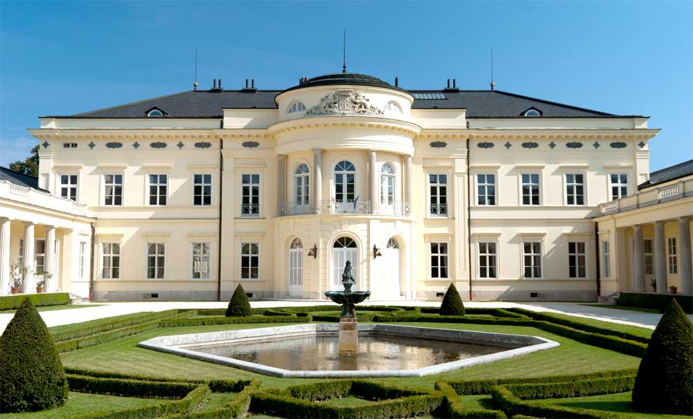Károlyi kastély - Fehérvárcsurgó