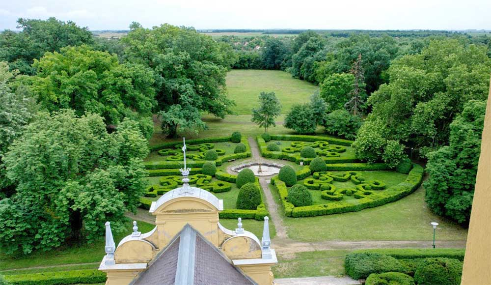 Wenckheim kastély kastélypark