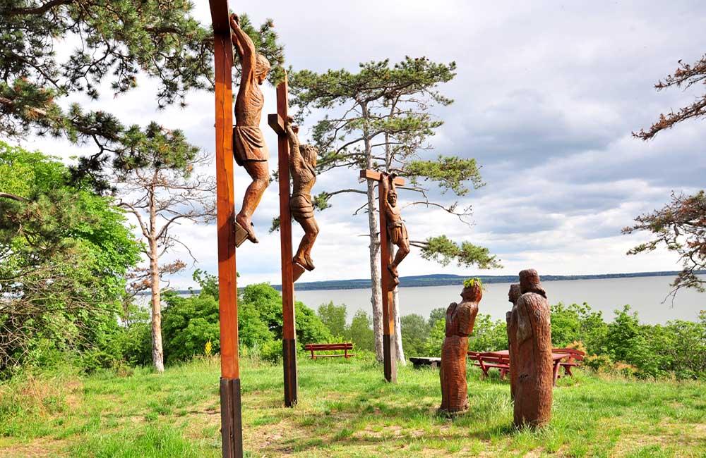 vonyarcvashegy szobrok