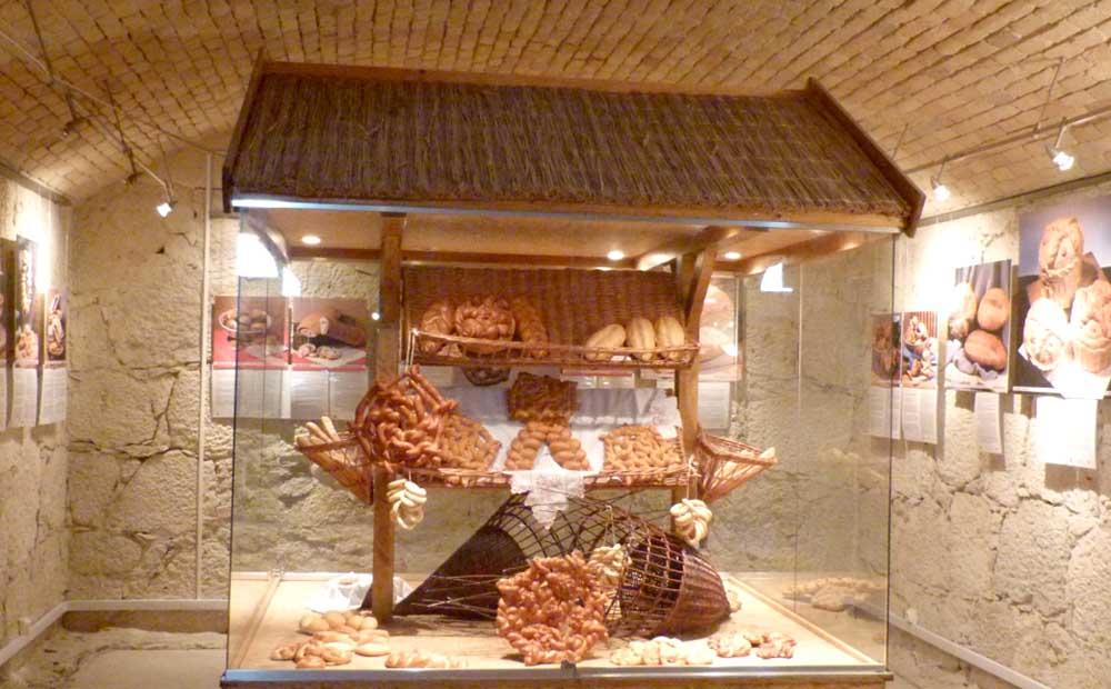 kenyérmúzeum - Komárom