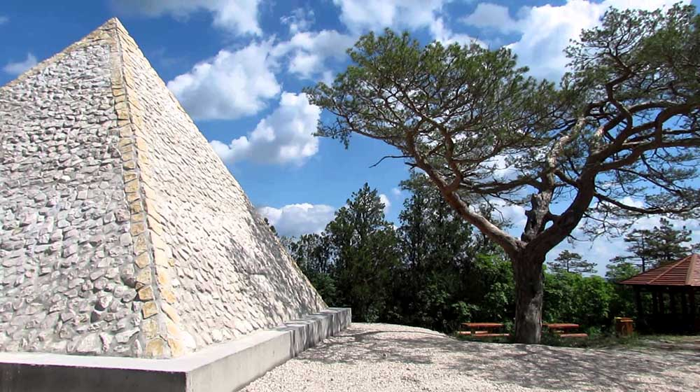 Piramis - Iszkaszentgyörgy