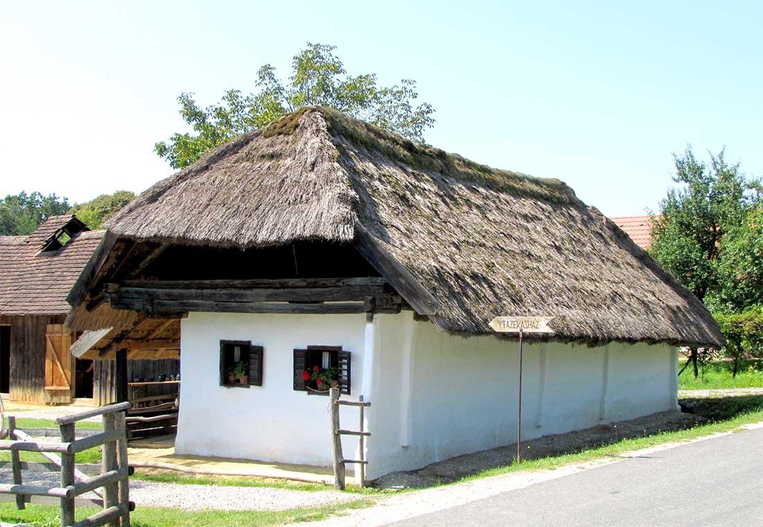 Magyarszombatfa - Fazekasház