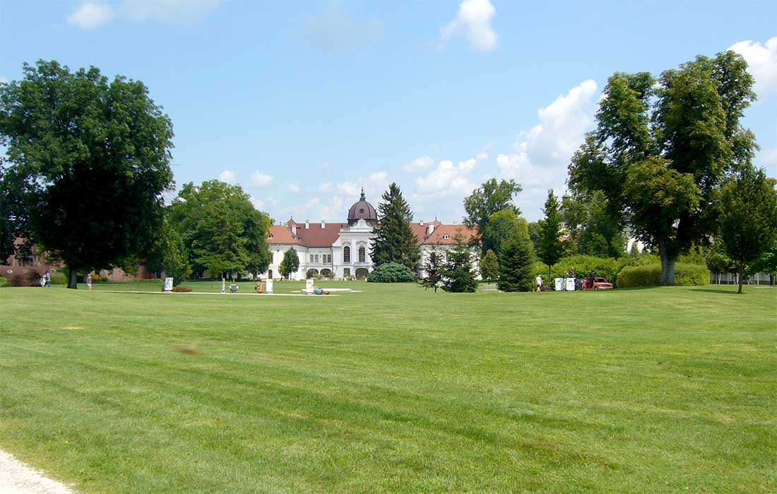 Grassalkovich kastély - kastélypark