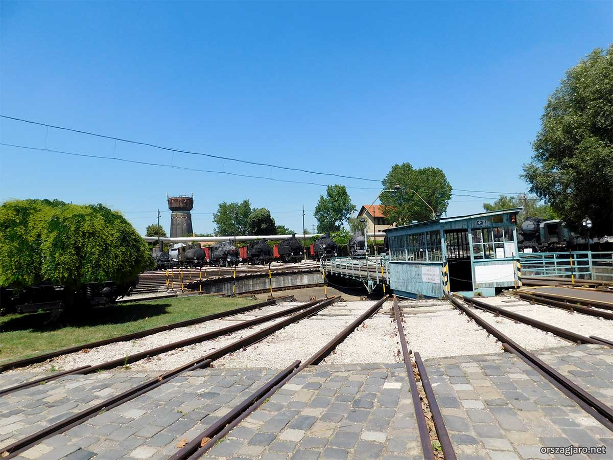 Magyar Vasúttörténeti Park -  Szabadtéri mozdonypark
