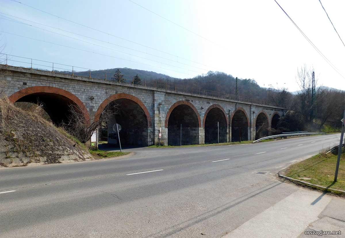 Hétlyukú híd - Zebegény