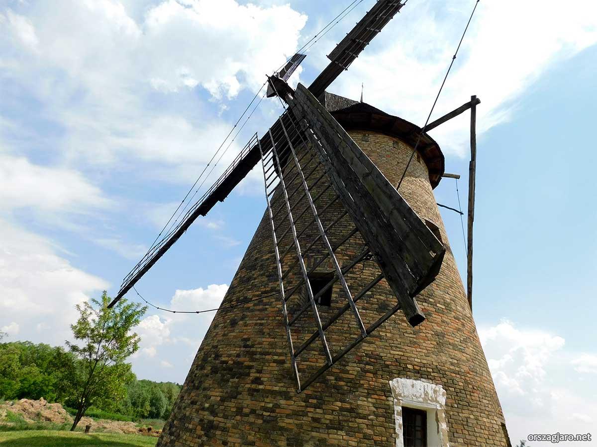Szentendrei skanzen - Dusnoki szélmalom