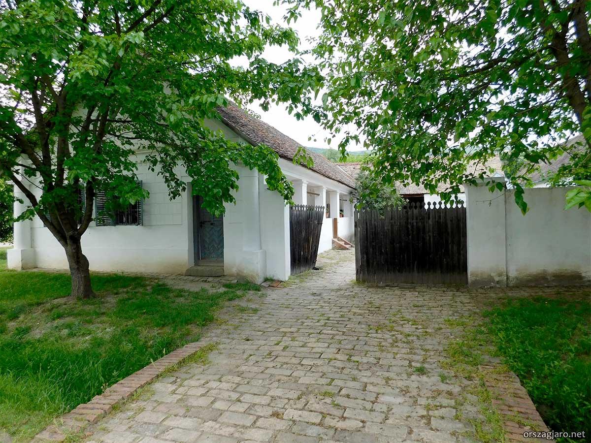 Szentendrei skanzen - Őcsényi lakóház